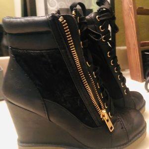 Report Brand Zipper Bootie 8.5